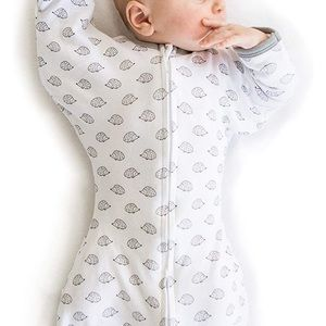 Baby swaddle 0-3 months